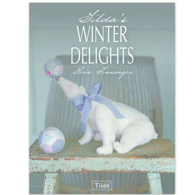Tildas Winter Delights-Art and Craft, Christmas, Dolls,Paper angels, Hanging Santas, Stockings, Handicraft, Patchwork, Pattern, Design by Tone Finnanger