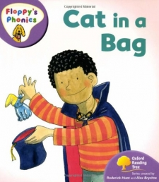 Oxford Reading Tree: Level 1: Floppys Phonics: Cat in a Bag (Paperback) Photo
